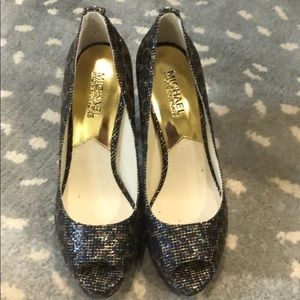 BRAND NEW!  Michael Kors Open Toe Shoes